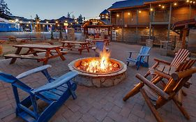 Hotel Becket Lake Tahoe
