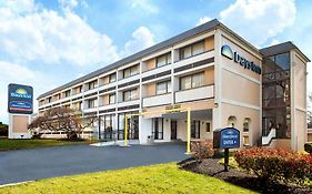 Days Inn College Park Md
