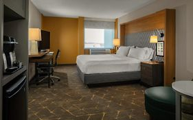Holiday Inn Boston Dedham Hotel And Conference Center