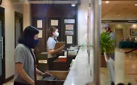 Luxur Place Hotel Bacolod
