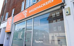 Backpackers in London