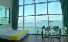 Maritime Suites by Comfy