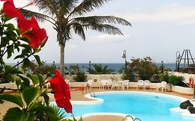 Neptuno Suites (Adults Only)