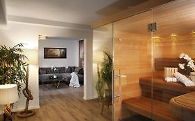 Private Spa Lux With Whirlpool And Sauna In Zurich photos Exterior