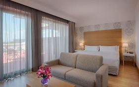 Nh Hotel Florence Italy 4*