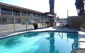 Rainbow Inn Anaheim Reviews