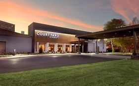 Courtyard Charlotte Southpark