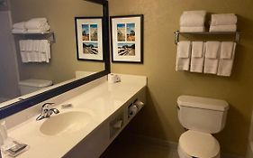 Country Inn And Suites Dundee Michigan