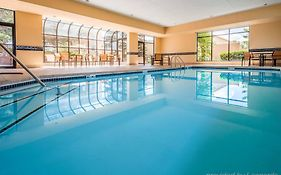 Courtyard by Marriott Chicago Arlington Heights North