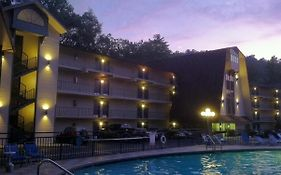 Sidney James Mountain Lodge Gatlinburg Tennessee