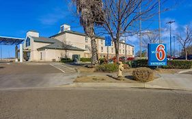 Motel 6 Lemoore California