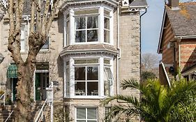 Pendennis Guest House