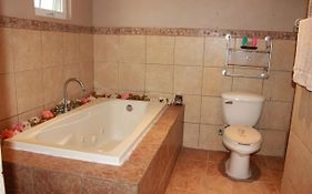 Amazing Home In Ensenada W/ 3 Bedrooms, Jacuzzi And Wifi photos Exterior