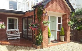 Cranleigh Bed And Breakfast Exmouth