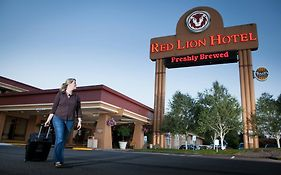 Red Lion in Kelso Washington