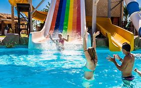 Caribbean World Resort 5*