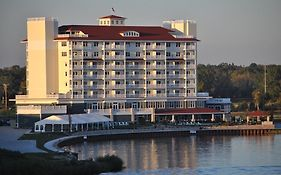 Harbor Shores Inn