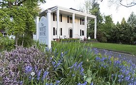 The White House Bed And Breakfast Medford Or