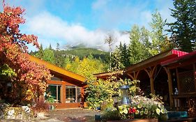 Kapristo Lodge Golden Bc
