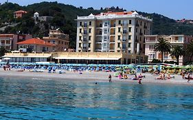 Hotel Lido Resort Finale Ligure