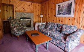 Pow Wow Point Lodge Huntsville On