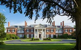 The Glen Cove Mansion