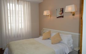 Hotel Los Robles Cangas