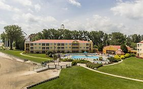 Sandcastle Suites Cedar Point Reviews