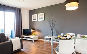 Feelathome Beach Apartments Barcelona