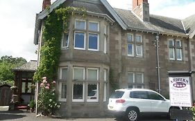 Ardfern Guest House Perth