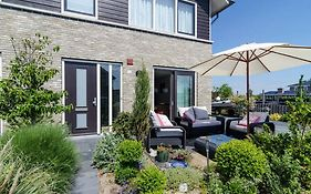 Bed And Breakfast Almere