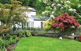 Ragstones Bed And Breakfast