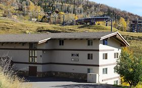 Storm Meadows i at Christie Base - Large Apartment Steamboat Springs