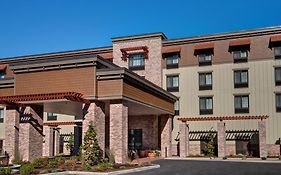 Hampton Inn Suites Astoria