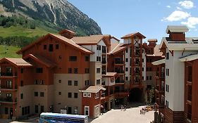 The Lodge at Mountaineer Square Crested Butte