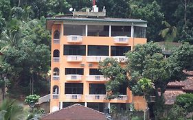 Majestic Tourist Hotel Kandy