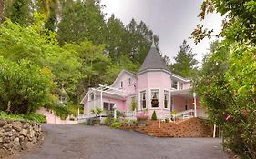 The Pink Mansion Calistoga Ca