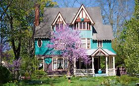 Murphy House Bed And Breakfast