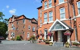 The Westlynne Hotel & Apartments