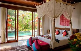 Baruna Sari Villa And Yoga Retreat
