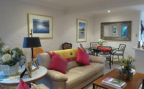 Sandals Guest House Byron Bay