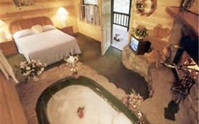 Big Bear Manor Jacuzzi Cabins
