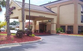 Hampton Inn Waycross