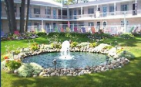 American Boutique Inn Mackinaw City