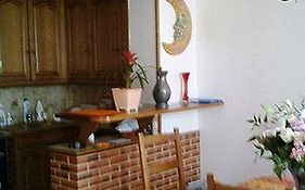Bed And Breakfast Camelia Courbevoie