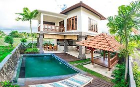 2 Bedroom Villa Julia Stunning With Padi Field View