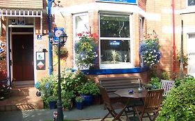 Monico Guest House Scarborough