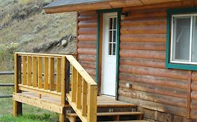 Yellowstone Mountain Cabins Gardiner Mt