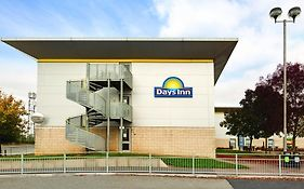 Days Inn By Wyndham Leicester Forest East M1 photos Exterior