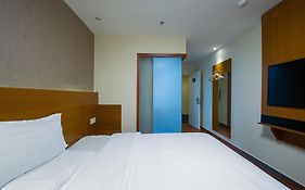 7days Premium Harbin he Ping Road Provincial Government Hotel